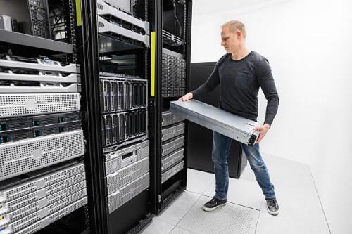 Serverwartung – kosteneffizient und qualitativ